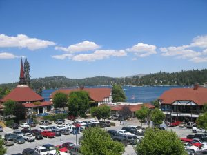 lake_arrowhead_village_california